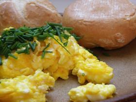 Receta De Huevo Revuelto Con Cebollino Huevos